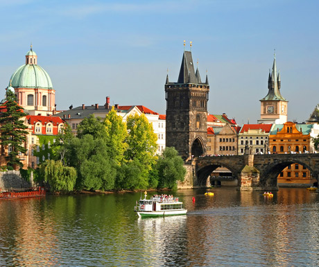 Charles Bridge, Prauge, Czech Republic